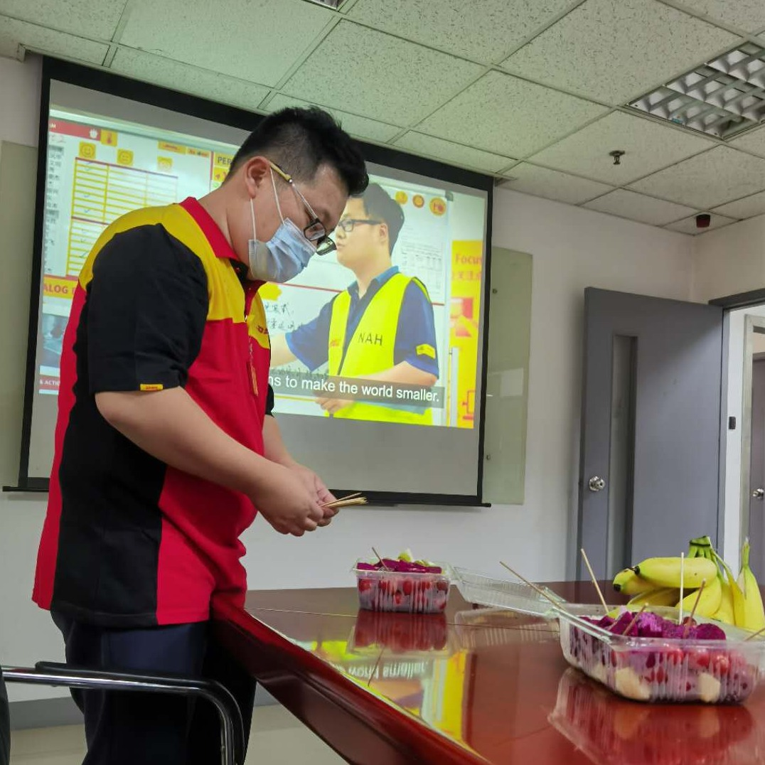 how to ship printer parts by dhl?